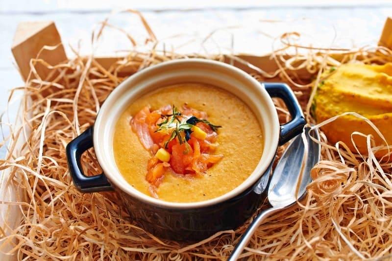 Kürbissuppe mit Cook & Snack Lachs